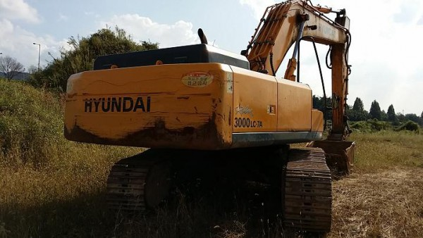 Hyundai 3000LC -7